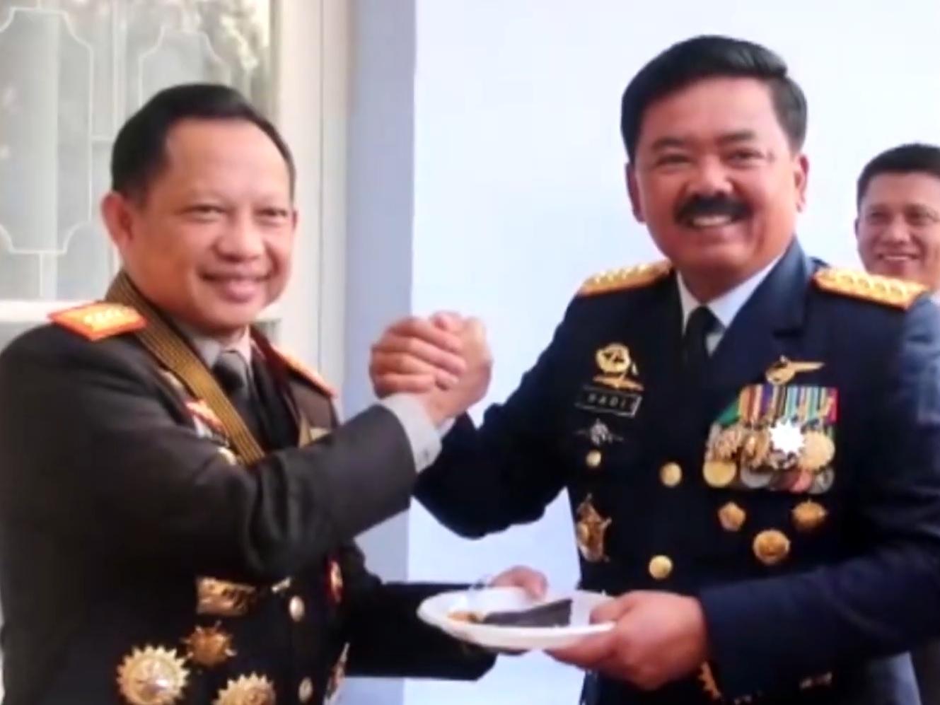 Kapolri Berikan Kejutan untuk TNI